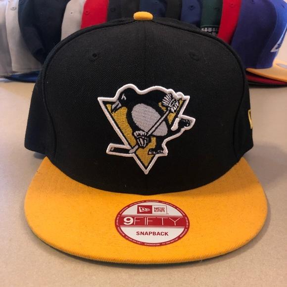 new concept 0ef7f 16968 Pittsburgh Penguins NHL Snap Back Hat